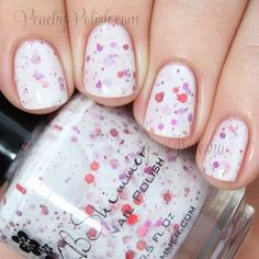 Nail art Christmas - the festive spirit on the nails. Over 70 creative ideas and tutorials - My Nails Easter Nail Designs, Easter Nail Art, Nail Art Designs, Nailart, Christmas Manicure, Latest Nail Art, Christmas Tree Pattern, What Is Christmas, Glitter Nail Polish