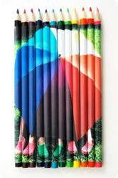 How great is this! When these pencils are lined up they display your photo. Easy instructions on how to make your own. Great gift for a friend, eh?