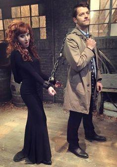 Kinda hoping Rowena survives the finale. She's a good little trouble maker. #Castiel