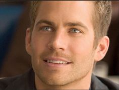 """The official confirmed that """"Fast and Furious"""" actor Paul Walker killed in car crash - Latest Updates"""