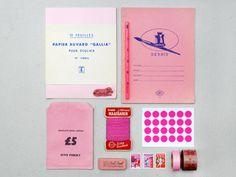 present & correct colour set: pink