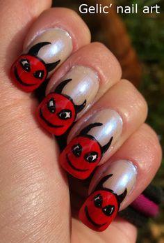 Gelic' nail art Devil's funky french