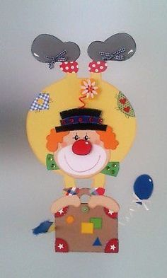Window picture clown on suitcase - carnival- carnival decoration - cardboard box! - Window picture clown on suitcase – carnival- carnival decoration – cardboard box! Clown Crafts, Circus Crafts, Carnival Crafts, Carnival Decorations, Carnival Themes, Circus Theme, Circus Party, Diy And Crafts, Crafts For Kids
