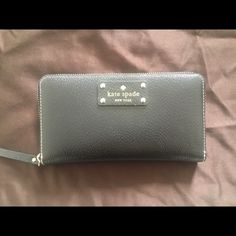 Kate Spade Wallet Used but in good condition kate spade Bags Wallets