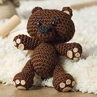 This little crochet teddy bear is too cute! Teddy