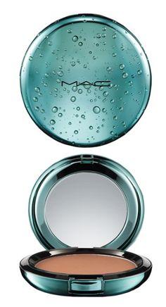 MAC 'alluring aquatic' bronzing powder http://rstyle.me/n/peuhwpdpe