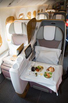 777 Emirates Business Class