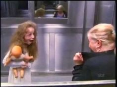 Funniest thing I've ever seen. So great // Ghost Girl in Elevator Prank. saw this a few years ago and forgot how hilarious it was Best Pranks Ever, Scary Pranks, Good Pranks, Funny Pranks, I Love To Laugh, Make Me Smile, Whatsapp Videos, Hidden Camera, Pranks