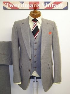 Vintage suit 1960s mens 3 PIECE grey pinstriped wool 38R 30w