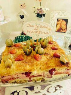Bolo Valentina com gelatina morango e musse morango | Creative