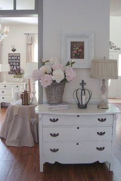Cottage sytle home tour in Atlanta - Debbiedoo's black white and soft colors, tan, pink, cream
