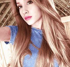 She is so beautiful *-* #ariana grande