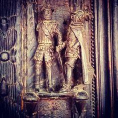 #Détail #sculpture d'un #miroir en bois de style Louis XIII XIXe s. exécuté par Jacques Pons compagnon-charpentier.  Centre du #Patrimoine #Montauban  #MontaubanTourisme #TarnetGaronne #MidiPyrénées #tourismemidipy #LanguedocRoussillonMidiPyrénées #igersmontauban #igersmidipyrenees  #igersfrance #ig_france #architecture #instarchitecture #architectureporn #architecturelovers #trésorspatrimoine #patrimoine #latergram