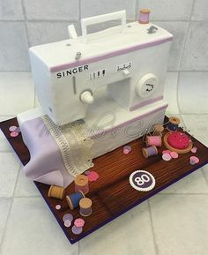 Singer Sewing Machine - Cake by Mr Baker's Cakes