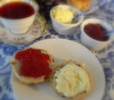 The English Kitchen: A Cream Tea for my Sweetie Pie