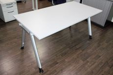 Direkt zur office-4-sale Produktübersicht aller Büromöbel von Dyes Haworth.