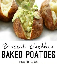 Broccoli Cheddar Stuffed Potatoes are a vegetarian comfort food classic. Vegetarian Comfort Food, Easy Vegetarian Dinner, High Protein Vegetarian Recipes, Healthy Crockpot Recipes, Delicious Vegan Recipes, Easy Chicken Recipes, Healthy Dinner Recipes, Soup Recipes, Keto Dinner