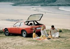 Look how much food you can fit in the boot of a 924!