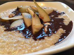 Cuisine Ma-Ligne!: Porridge Crémeux WW Poire et amandes sauce chocola...