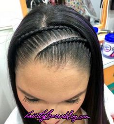 22 Easy Hairstyles for Long Hair (Fast Looks for - Style My Hairs Messy Bob Hairstyles, Trendy Hairstyles, Girl Hairstyles, Kids Hairstyle, Natural Hair Braids, Braids For Long Hair, Curly Hair Styles, Natural Hair Styles, Long Wavy Hair