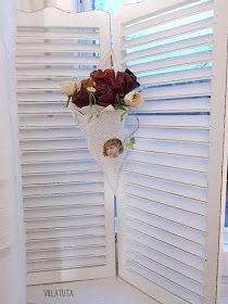 VillaTuta: Lumihiutale valoilla Blinds, Curtains, Christmas, Home Decor, Xmas, Decoration Home, Room Decor, Shades Blinds, Blind