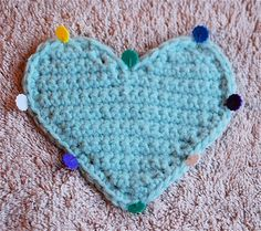 A valentine gift for you - a free tutorial for a crocheted heart! This pattern is completely free but if you would like to make a donation to support my work and show your appreciation then I will send you an 11 page PDF version that you can download to print or be able to use when you are not on-line. The PDF version also includes a complete text version of the pattern for a simple black and white printing option (just print the last two pages). Donations can be made through Paypal, and…