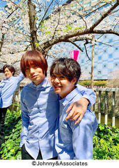 My fav photobomb at the back. Yuto Nakajima, Ryosuke Yamada, Music Power, Johnny's Web, You Are My World, Idol, Super Cute, Shit Happens