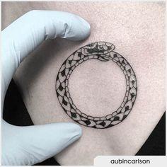 Tatuaggio sterno uroboro  --------- uroboro tattoo, uroburo tattoo, uroboros tattoo, ouroboros tattoo Ouroboros Tattoo, Sternum Tattoo, Palm Tattoos, Tatoos, Anthony Bourdain Tattoos, Snake Drawing, Lady Bug Tattoo, Snake Tattoo, Viking Tattoos