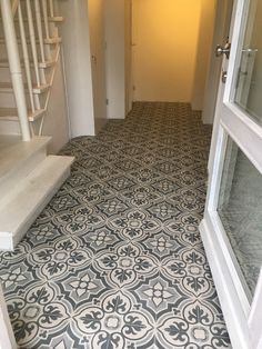 Impress Your Visitors with These 14 Adorable Half-Bathroom Styles Hall Tiles, Tiled Hallway, Hallway Flooring, Victorian Tiles, Victorian Interiors, Black Interior Doors, Hallway Inspiration, Welcome To My House, Black And White Tiles