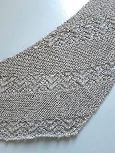 Deuxième Nurmilintu - MBD Passions Knitted Shawls, Crochet Shawl, Knit Crochet, Lace Knitting Patterns, Crochet Diagram, Garter Stitch, Needlework, Knitted Flowers, Cowl
