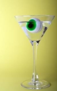 RECIPE: Eyeball Cocktail (+ 7 other Halloween Cocktails) Cocktails For Parties, Halloween Cocktails, Halloween Boo, Halloween Pumpkins, Halloween Ideas, Cocktail Recipes, Cocktail Ideas, Party Ideas, Fun