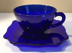 Three Different Forms of Depression : Modern Health Issues Cobalt Glass, Cobalt Blue, Love Blue, Blue And White, Antique Dishes, Antique Glass, Kandinsky, Blue Dishes, Fenton Glass