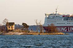 Viking Line M/S Mariella ohittaa Katajanokanluodon Helsinki Finland Viking Line, Helsinki, Finland, Vikings, Landscape, Country, Building, Places, Nature