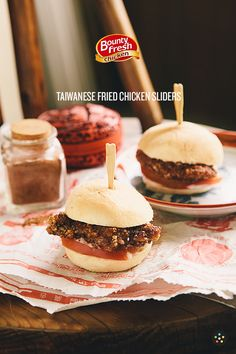 Taiwanese Chicken Sliders by Pepper.Ph