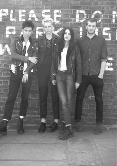 Wolf Alice - London based band. Photo i_D Magazine 2014