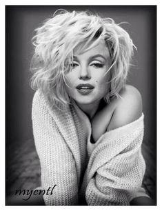 Marilyn looking sexy