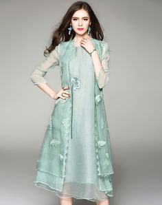 #VIPme Green Silk Embroidery Sunscreen Loose Long Cardigan ❤️ Get more outfit ideas and style inspiration from fashion designers at VIPme.com.