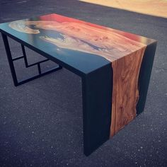 Resin and wood table Epoxy Wood Table, Epoxy Resin Table, Wooden Tables, Dining Tables, Resin Furniture, Table Furniture, Furniture Design, Table En Bois Diy, Used Outdoor Furniture