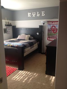 Boys Room  Love The High Two Tone! Teen Boy ...