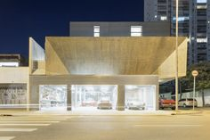Gallery of Workshop House / PAX.ARQ - 9