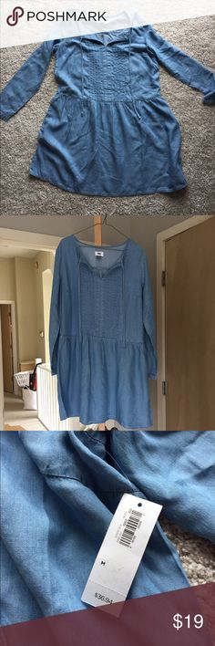 Chambray dress-new with tags Brand new, never worn! Super cute, just way too big and too late to return. Old Navy Dresses Long Sleeve