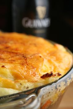 Guinness Shepherd's Pie- New spin on the recipe I already make at least times a month Irish Recipes, Beef Recipes, Cooking Recipes, Nigella Lawson, I Love Food, Good Food, Yummy Food, Beef Dishes, Food Dishes