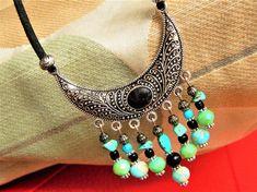 Collier mi-long pour femme des pierres naturelles turquoise et perles crystal style boheme Mi Long, Turquoise, Jewelry, Fashion, Necklaces, Natural Stones, Boho, Beads, Unique Jewelry