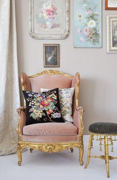 French Furniture - Pink velvet