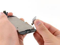 4. Retire el cable planto del botón de inicio del conjunto de la pantalla.