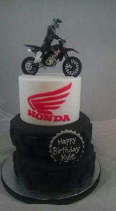 Honda motorcycle cake 29 ideas for 2019 Bike Birthday Parties, Dirt Bike Birthday, Birthday Cake, Birthday Ideas, Happy Birthday, Motorcross Cake, Bolo Motocross, Dirt Bike Cakes, Dirt Bike Party
