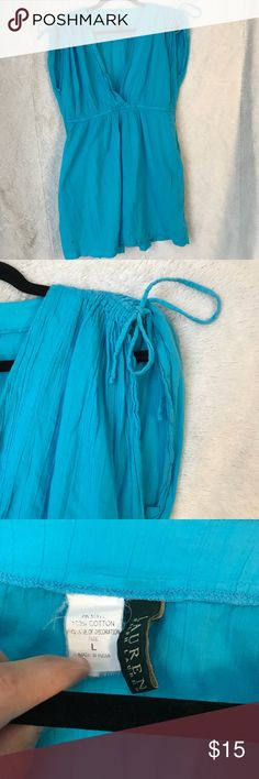 Blue dress Nice light weight blue dress! Perfect to wear on a hot sunny day. You're able to tighten listen the cinched shoulders however you like! Lauren Ralph Lauren Dresses
