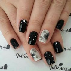 Charming Nail Designs You can collect images you discovered organize them, add your own ideas to your collections and share with other people. Fancy Nails, Love Nails, Trendy Nails, Fall Nail Art Designs, Black Nail Designs, Glitter Gel Nails, Nail Manicure, Green Nails, Fabulous Nails