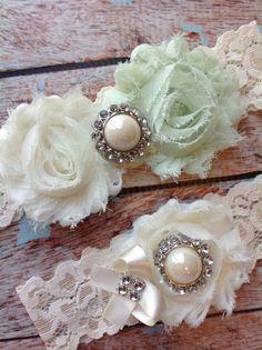MINT wedding garter set / bridal garter/ lace garter / toss garter included / wedding garter / vintage inspired lace garter