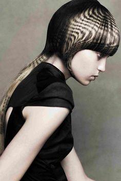 Long hair styles: long hairstyle by Angelo Seminara - Long Layered Hairstyles For Women Hair Stenciling, Angelo Seminara, Creative Hair Color, Avant Garde Hair, Editorial Hair, Hair Color For Women, Hair Creations, Hair Shows, Long Layered Hair